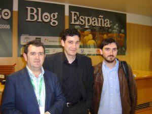 Junto con Arsenio Escolar e Ignacio Escolar en Evento Blog España (Sevilla, 2006)