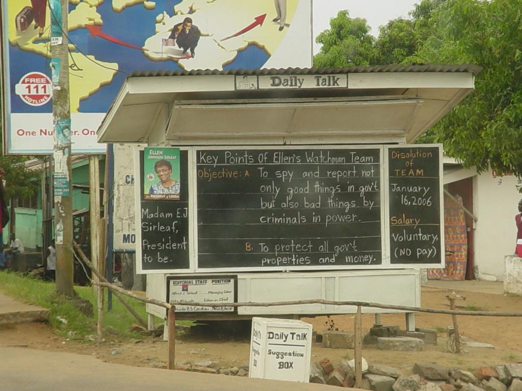 """The Daily Talk"", Monrovia, Liberia — Foto:  C. Guillebeau, Wikimedia Commons"
